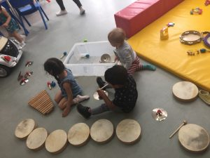 Busy Bumblebees Montessori Pre – School Sessions – Making music